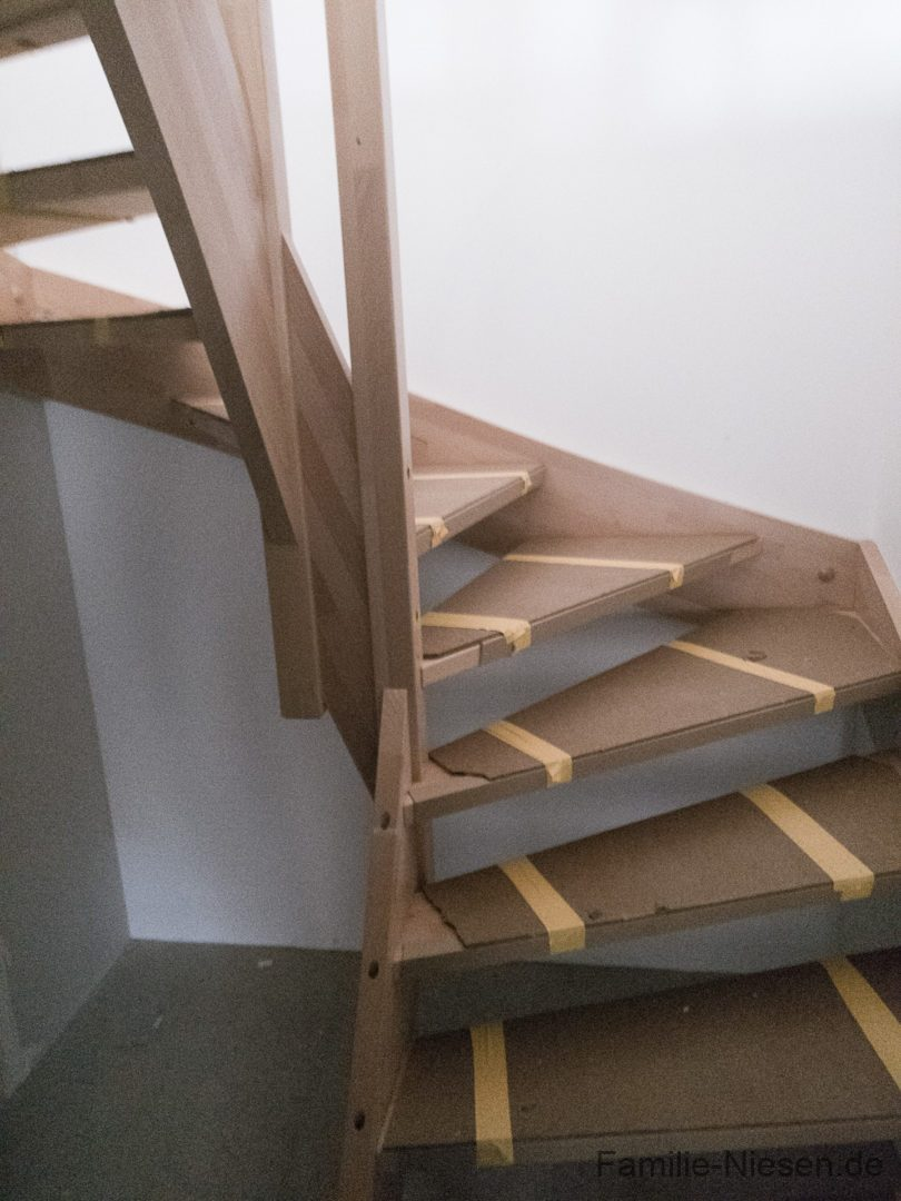 Die Treppe ist da, wir können wieder nach oben... - 20170405180337 Kampa Remagen Niesen IMG 20170405 180336 - 11